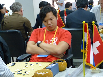 Jimmy Cheng (Malaysia) playing in round two